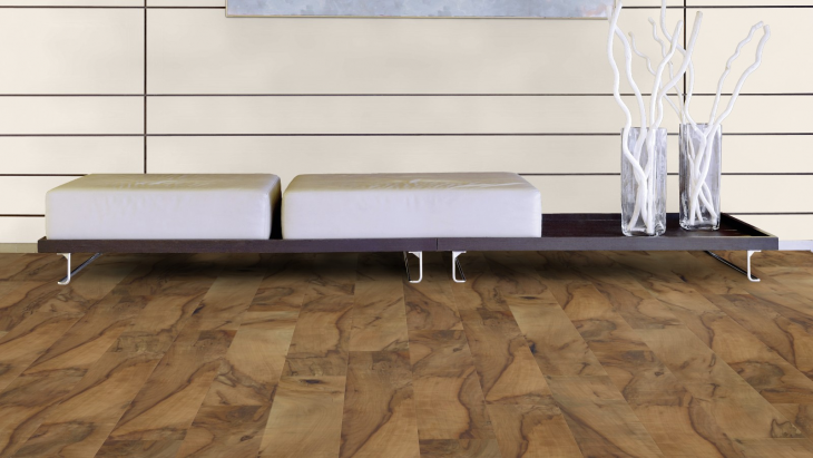 Laminuotos grindys Kaindl Easy Touch Premium 8.0 Riešutas Noce Viva Blizgus