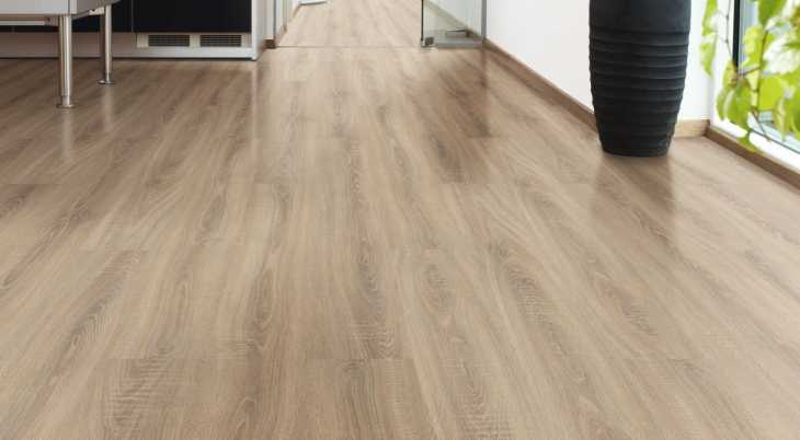 Laminuotos grindys Kaindl Classic Touch Standard 8.0 Ąžuolas Rosarno