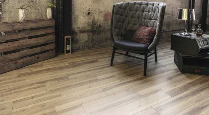 Laminuotos grindys Kaindl Classic Touch Standard 8.0 Ąžuolas Multistrip True