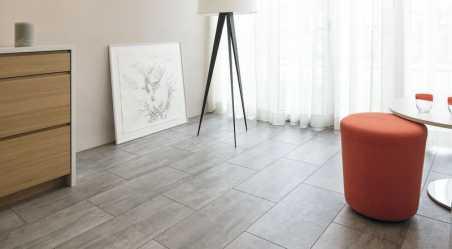 Laminuotos grindys Kaindl Classic Touch Tile 8.0 Concrete Laval