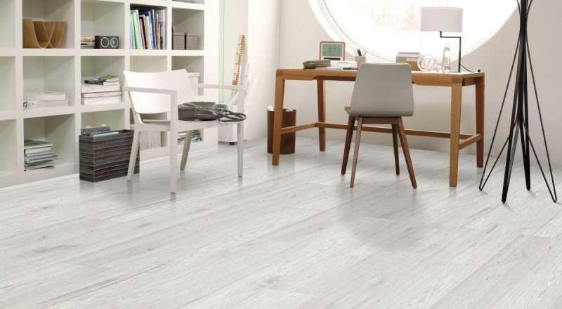 Laminuotos grindys Kaindl Natural Touch Standard 8.0 Hickory