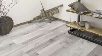 Laminuotos grindys Kaindl...