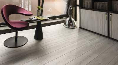 Laminuotos grindys Kaindl Natural Touch Standard 8.0 Ąžuolas