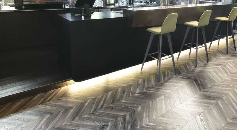 Laminuotos grindys Kaindl Natural Touch Wide 8.0 Fishbone